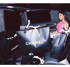 Nicki minaj chanel shopping