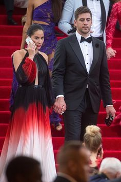 NEW YORK, NY - MAY 04: Actress Olivia Munn (L) and Green Bay Packers player Aaron Rodgers attends the 'China: Through The Looking Glass' Costume Institute Benefit Gala at Metropolitan Museum of Art on May 4, 2015 in New York City. (Photo by Michael Stewart/WireImage)