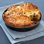 Scopri come cucinare la torta delle rose a casa tua. Visualizza gli ingredienti e il metodo di preparazione su Sale