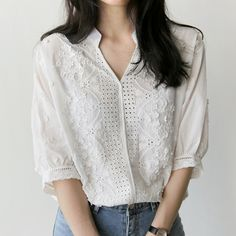 New White Shirt Half Sleeve Embroidery Blouse Hollow Out Women Clothes 2018 V-Neck Floral Office Lady Womens Tops Blusa De Renda Casual Tops For Women, Blouses For Women, Clothes 2018, Cheap Clothes, Style Casual, Half Sleeves, Blouse Designs, Shirt Blouses, Cotton Blouses