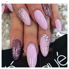 Nail Shapes - My Cool Nail Designs Get Nails, Pink Nails, Glitter Nails, Purple Glitter, Laque Nail Bar, Acrylic Nail Shapes, Super Cute Nails, Oval Nails, Beauty Makeup