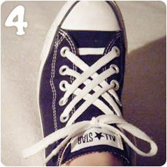 How to tie your shoes cool with these 5 fun and creative lacing techniques! Jazz up an old pair of shoes the easy way. I especially love these shoe lace tips for Converse. Deep Cleaning Tips, House Cleaning Tips, Cleaning Hacks, Converse Haute, Baskets, Homemade Toilet Cleaner, Clean Baking Pans, Cleaning Painted Walls, Glass Cooktop