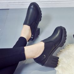 41.92$  Buy here - http://aliyei.shopchina.info/go.php?t=32802140004 - Age season high documentary thick with Martin boots shoes feet thick bottom anti-slip naked boots round head waterproof shoes  #shopstyle