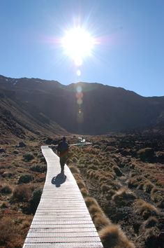 Tongariro crossing walk, The North Island, New Zealand. Full day hike, getting back could be tricky