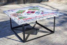 Fotoprint op aluminium tafelbladen voor een expositie van Marc Faasse en Stadsarchief Amsterdam.  #tafelblad #foto-expositie #Amsterdam #fotografie #aluminium #printen #hdmetal #steelprint.nl