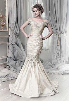 Ian Stuart Wedding Dresses - Teokath of London - Canterbury Boutique - www.teokath.co.uk