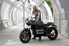 WOW! BMW K100 Cafe Racer by Nitro Cycles #motorcycles #caferacer #motos | caferacerpasion.com