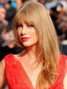 Taylor Swift with face framing fringe