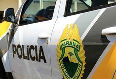 Um ex-presidiário morreu em um confronto com a Polícia Militar na noite de sábado (7), em Londrina. Uma casa foi invadida e uma mulher por pouco não foi feita refém. A situação começou quando três homens assaltaram um pedestre próximo a um shopping,