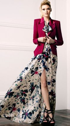 Pair a flower pattern dress with a bold blazer for a chic look! #flowers #fashion #cute