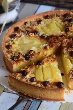 Amandine tart with pears and chocolate chips pies pies recipes dekorieren rezepte Desserts With Biscuits, Köstliche Desserts, Healthy Desserts, Delicious Desserts, Dessert Recipes, Tart Recipes, Sweet Recipes, Cooking Recipes, Sweet Pie
