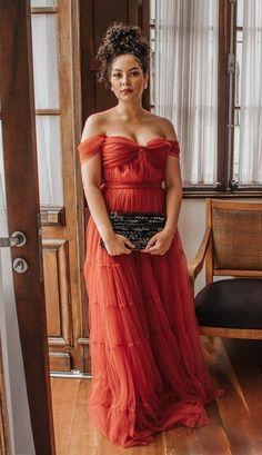 vestido longo terracota de tule para madrinha de casamento