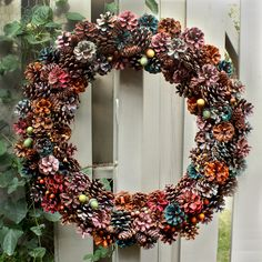 another bright idea: Wreaths, Wreaths, and more Wreaths