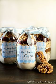 Oatmeal Cranberry Walnut Cookies in a Jar - Holiday Spiced and Everything Nice - Will Cook For Friends Jar Gifts, Food Gifts, Mason Jar Oatmeal, Christmas Ideas, Christmas Gifts, Holiday Fun, Christmas Time, Decadent Food, Walnut Cookies
