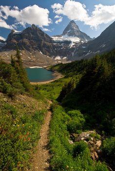 Mount Assiniboine, British Columbia/Alberta, Canada