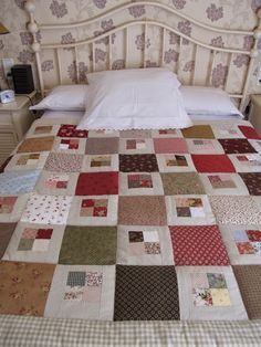 What You Have To Know About Mediterranean Stars Grid Style Cotton Bed In A Bag And Why 123 - flipsyourhome Crazy Quilt Blocks, Patch Quilt, Crazy Quilting, Quilting Projects, Quilting Designs, Scrappy Quilt Patterns, Dear Jane Quilt, Man Quilt, Quilting For Beginners