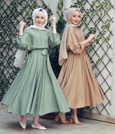 Image may contain: 3 people Hijab Style Dress, Modest Fashion Hijab, Modern Hijab Fashion, Muslim Women Fashion, Hijab Fashion Inspiration, Abaya Fashion, Fashion Dresses, Dress Up, Hijabi Gowns