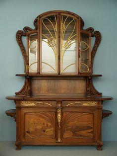 The World Art Nouveau Mobiliário Art Nouveau, Design Art Nouveau, Art Nouveau Furniture, Antique Furniture, Modern Furniture, Rustic Furniture, Furniture Decor, Outdoor Furniture, Furniture Styles