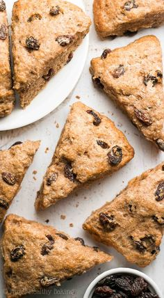 Healthy Cinnamon Raisin Scones - An easy, one-bowl recipe for tender scones full of cozy cinnamon and sweet raisins. Ready in just 30 minutes Healthy Cake, Healthy Cookies, Healthy Baking, Healthy Breads, Healthy Foods, Healthy Recipes, Yummy Snacks, Delicious Desserts, Yummy Food