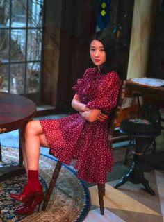 Size Zero, Kpop Fashion Outfits, Asian Fashion, Clothing Hacks, Korean Actresses, Kpop Girls, Dress To Impress, Style Inspiration, Tops