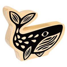 Une chouette baleine à poser sur le meuble de la chambre de vos enfants ou pourquoi pas dans le salon pour une déco scandinave ! Un objet simple et décoratif en bois peint assorti à deux autres modèles; un oiseau et un éléphant. D: 19 x 17 x 2 cm. 8,00 € http://www.lafolleadresse.com/decoration/5724-decoration-baleine-en-bois-peint.html