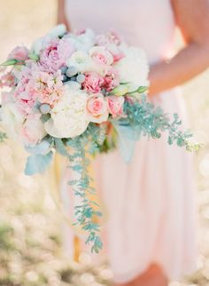Pink #Bouquet | See more inspiration for a pink and gold wedding on Style Me Pretty - http://www.stylemepretty.com/2014/01/01/pink-and-gold-wedding-inspiration/ Ruth Eileen Photography | Tamara Menges Designs