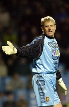 Aston Villa keeper Peter Schmeichel appologises for letting in a goal during the FA Barclaycard Premiership match between Aston Villa and Leicester City at Villa Park, Birmingham. Get premium, high resolution news photos at Getty Images Peter Schmeichel, Vikings, Aston Villa Fc, Villa Park, Chelsea Fc, Goalkeeper, Leicester, Manchester United, Digital Image