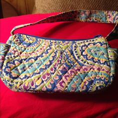 Vera Bradley bag Retired pattern but great condition. Perfect for young girls or your essentials! Vera Bradley Bags Mini Bags