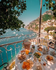 Breakfast in Positano, Italy. Positano is a municipality on the Amalfi coast in the province of Salerno in Campania, Italy, with 3942 inhabitants. Oh The Places You'll Go, Places To Travel, Travel Destinations, Places To Visit, Vacation Places, Greece Destinations, Romantic Destinations, Beautiful World, Beautiful Places