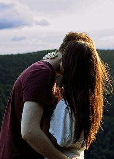Love, couple, and kiss image Photo Couple, Love Couple, Sweet Couple, Cute Relationship Goals, Cute Relationships, Couple Relationship, Calin Couple, Shooting Couple, Couple Goals Cuddling