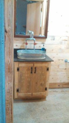 Pallet Vanity, Galvanized Metal Tub Sink