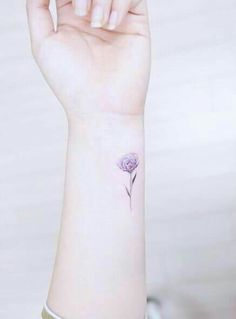 Flor .... good tattoo on me for mom