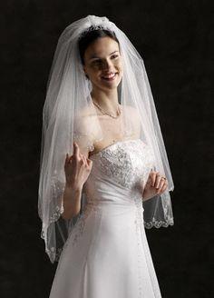 This wedding veil is dreamy #DBBridalstyle