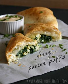 A new spin on the traditional Indian dish, these saag paneer puffs combine creamy paneer cheese, garlicky spinach and flaky puff pastry. Vegetarian Entrees, Vegetarian Recipes Easy, Spicy Recipes, Veggie Recipes, Indian Food Recipes, Cooking Recipes, Cooking Ideas, Puff Recipe, Puff Pastry Recipes