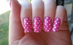 dotted nails beautiful