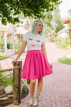Date night outfit tips. Pink skirt, lace up floral flats, lips shirt and blue hair from www.theredclosetdiary.com || Instagram: jalynnschroeder