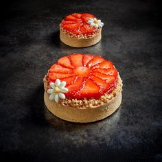 Ciasta Under Wear underwear French Desserts, Mini Desserts, Just Desserts, Delicious Desserts, Dessert Recipes, Pastry Recipes, Cooking Recipes, Beautiful Desserts, Baking And Pastry