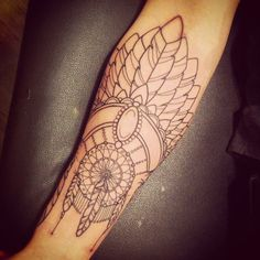 dreamcatcher by Sarah Bolen i can't imagine having this done by anyone but her.