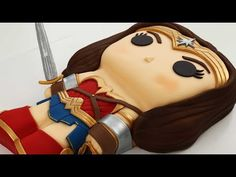 (14) Justice League WONDER WOMAN Cake! - YouTube