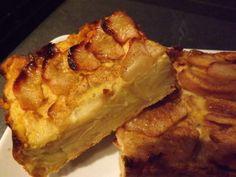 Tarte aux pommes allégée Weight Watchers/Une succulente tarte que j'ai faite une multitude de fois, j'ai changé la coupe des fruits, dans la recette initiale se sont des pommes rapées, moi je les ai coupées en lamelles et j'ai fait un mix avec des poires, un peu à ma sauce quoi! un régal fruité sans les calories..