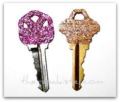 Making the mundane pretty!   http://theresakistel.com/diy-glitter-keys/