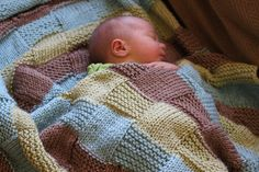 Knitted squares baby blanket