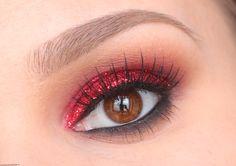 miniature-3-maquillage-rouge-pailettes-msc-onaimelemaquillage-fr