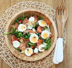 Spinach and salmon salad. A clean recipe. Dainty Dream, by Mandy Fisher Clean eats clean eating salad eggs