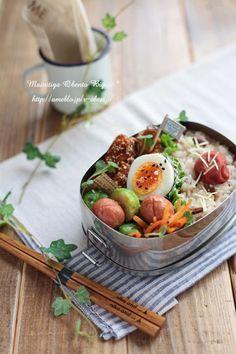 日本人のごはん/お弁当 Japanese box lunch, Bento お弁当