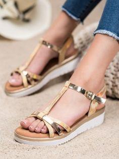 Sandálky s holo efektom Espadrilles, Sandals, Shoes, Fashion, Espadrilles Outfit, Moda, Shoes Sandals, Zapatos, Shoes Outlet