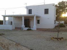 Réservez votre maison de vacances à Alcossebre, comprenant 3 chambres pour 10 personnes. Votre location de vacances à Costa Azahar à partir de 86 € la nuit sur Homelidays.