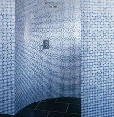 showers: Mosaic tiled round and curved showers