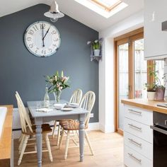 We love this grey kitchen-diner with painted farmhouse furniture. An oversized clock also makes a great focal point. We love this grey kitchen-diner with painted farmhouse furniture. An oversized clock also makes a great focal point. Küchen Design, House Design, Interior Design, Design Ideas, Interior Ideas, Grey Kitchen Diner, Kitchen White, Country Kitchen, White Kitchen Paint Ideas