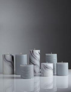 Medium Marble Effect Pillar Candle Homemade Candles, Diy Candles, Pillar Candles, Luxury Candles, Floating Candles Wedding, Candle Wedding Centerpieces, Marble Candle, Candle Art, Candlemaking